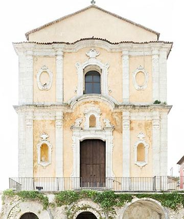 PIC - Palomonte. Riproduzione in alta definizione della facciata della Chiesa Madre