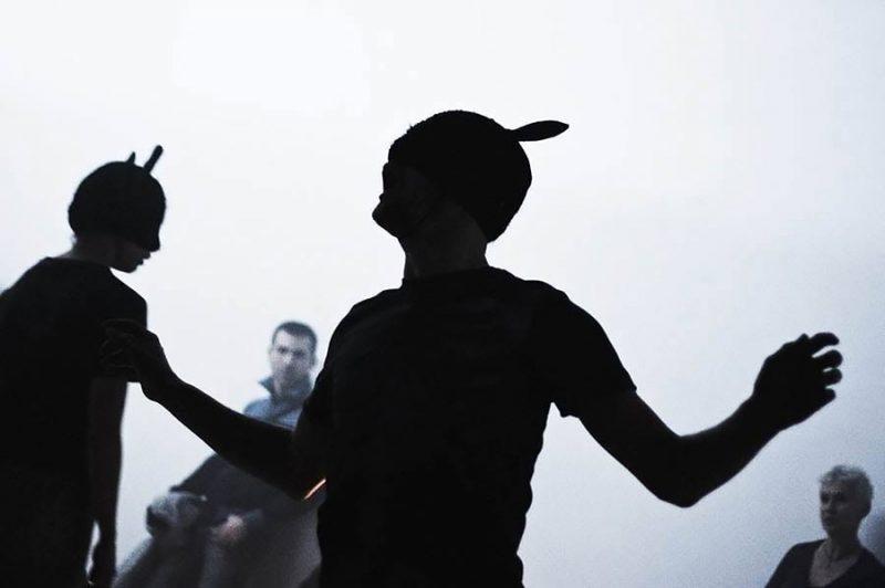 altrospazio fotografia, la performance di Simon Vincenzi all'Istituto Svizzero di Roma