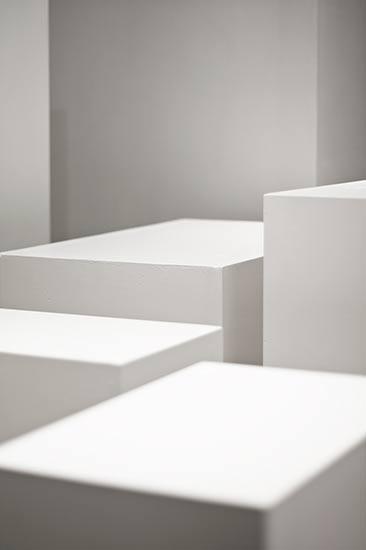 """altrospazio fotografia, """"Lo stato delle sirene"""" di Etienne Chambaud performato alla fondazione NOMAS"""
