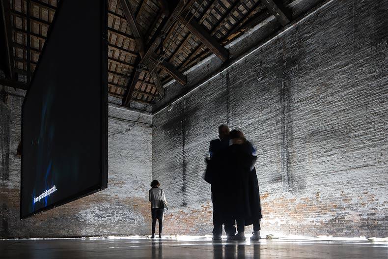 altrospazio fotografia, un giro tra gli spazi dell'Arsenale a Venezia nella 57 edizione della Biennale d'Arte di Venezia
